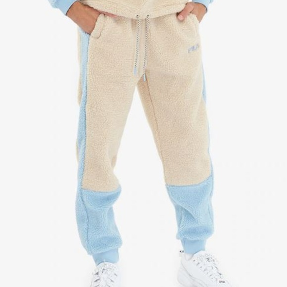 FILA Camillo Mens Blue Sand Sherpa Pants NWT